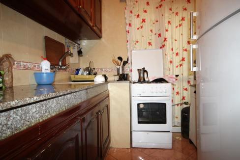 a-louer-parfait-meuble-2-chambres-avec-balcon-dans-rue-calme-011-min