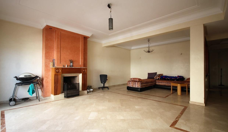 a-louer-appartement-de-144-m2-3-chambres-avec-prestations-haut-de-gamme-01