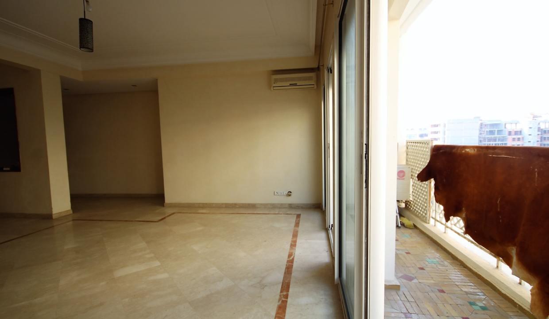 a-louer-appartement-de-144-m2-3-chambres-avec-prestations-haut-de-gamme-02