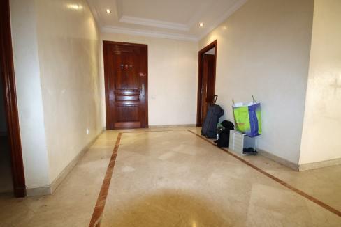 a-louer-appartement-de-144-m2-3-chambres-avec-prestations-haut-de-gamme-06