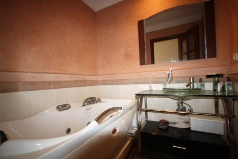 a-louer-appartement-de-144-m2-3-chambres-avec-prestations-haut-de-gamme-07