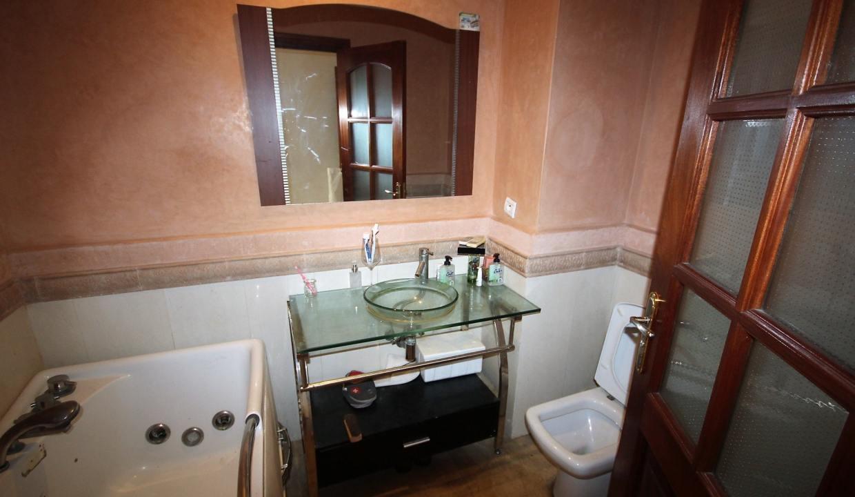 a-louer-appartement-de-144-m2-3-chambres-avec-prestations-haut-de-gamme-08