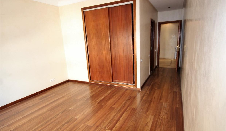 a-louer-appartement-de-144-m2-3-chambres-avec-prestations-haut-de-gamme-09