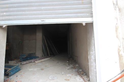 a-louer-magasin-avec-7m-de-hauteur-d-une-superficie-111-m2-1650