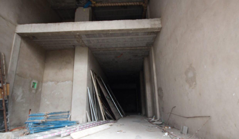 a-louer-magasin-avec-7m-de-hauteur-d-une-superficie-111-m2-1651