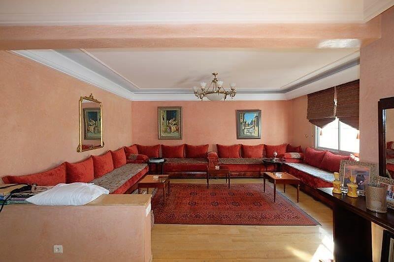 agreable-villa-entierement-refaite-a-acheter-d-une-superficie-terrain-de-460m-et-400m-habitable-en-triplex-sur-3-niveaux-0023