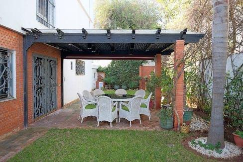 agreable-villa-entierement-refaite-a-acheter-d-une-superficie-terrain-de-460m-et-400m-habitable-en-triplex-sur-3-niveaux-006