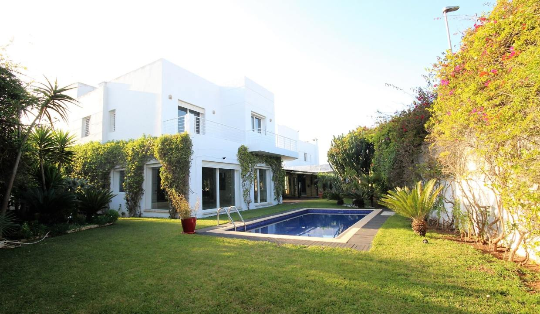 ain-diab-loue-villa-d-angle-moderne-de-4-chambres-vue-mer-04