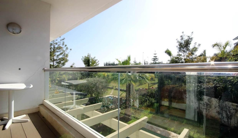 bouskoura-a-acheter-appartement-avec-terrasse-et-vue-sur-golf-et-espaces-vert-018
