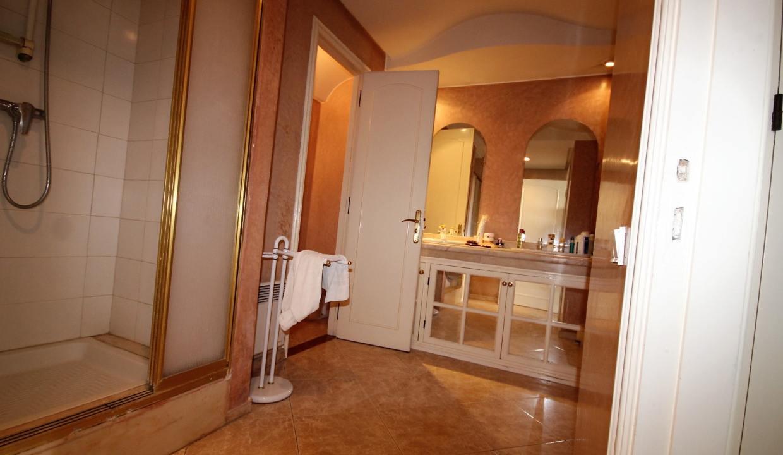 luxueux-appartement-de-250m-a-acheter-sur-bd-massira-khadra-002