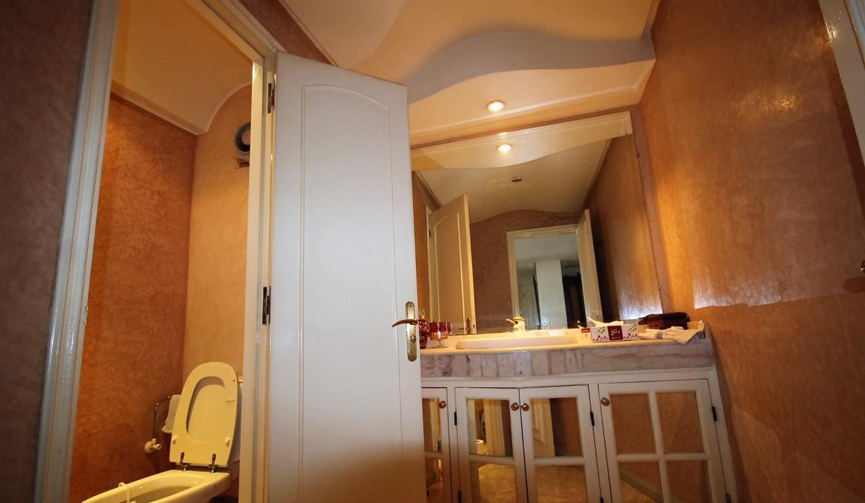 luxueux-appartement-de-250m-a-acheter-sur-bd-massira-khadra-006