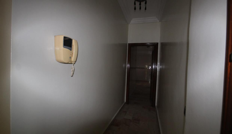secteur-abdelmoumen-a-louer-vaste-appartement-3-chambres-de-160m2-08