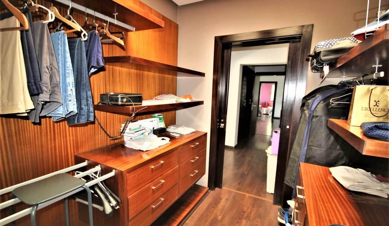 villa-de-5-chambres-a-louer-vide-ou-meublee-sur-terrain-371-m2-surface-habitable-400-m2-020