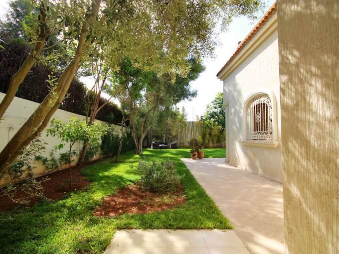 villa nourreska jardin