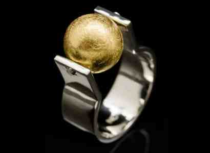 Sterling Silver Ring with 18k Yellow Gold Sphere (R46Y)
