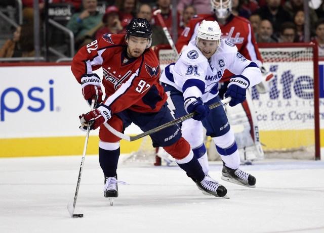 LightningCapitalsHockey-086e9