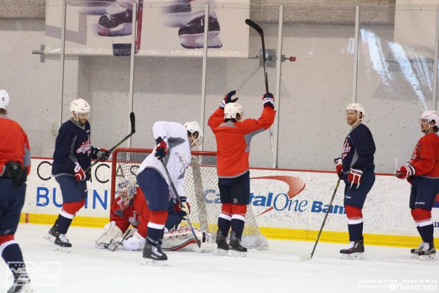 T.J.-Oshie-Washington-Capitals_celebration-practice.jpg