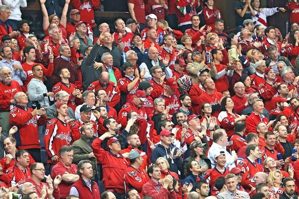 Caps Fans April 14