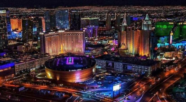 las-vegas-skyline-hockey
