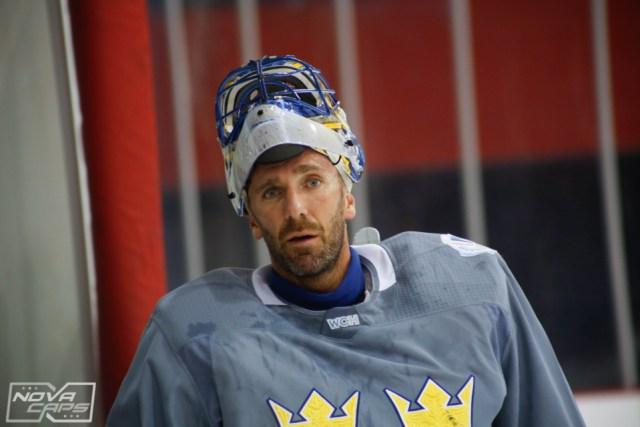 henrik_lundqvist_team_sweden_practice-front