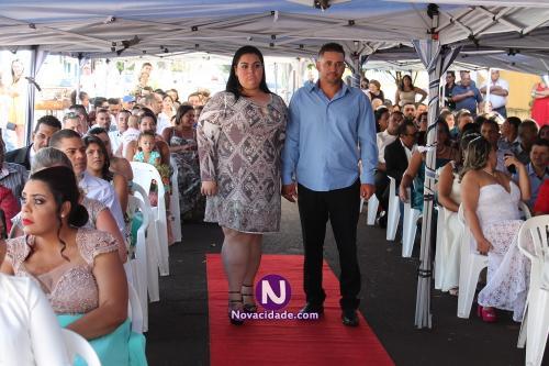 Diego Ap. Gonçalves Vicente e Carolina Santos Reis-casamento