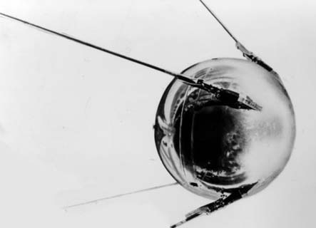 Model of Sputnik 1; spacetoday.org