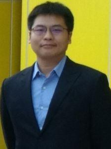 邱士峰博士
