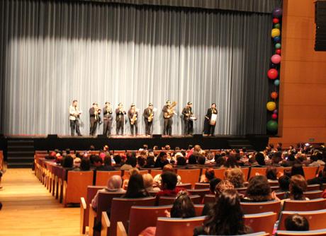 Las agrupaciones de carnaval actuaron en el Auditorio de El Ejido.