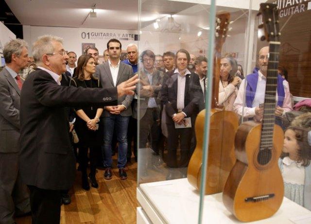 yepes-en-el-museo-de-la-guitarra