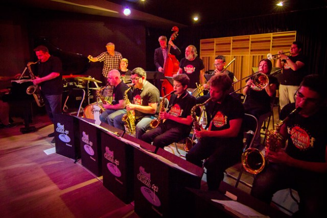 BIG-BAND-CLASIJAZZ-&-SWING-AND-FUNKY