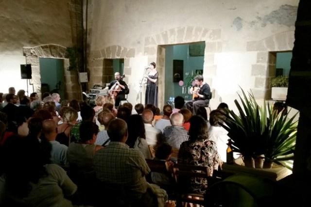 concierto-castillo-guardias-viejas