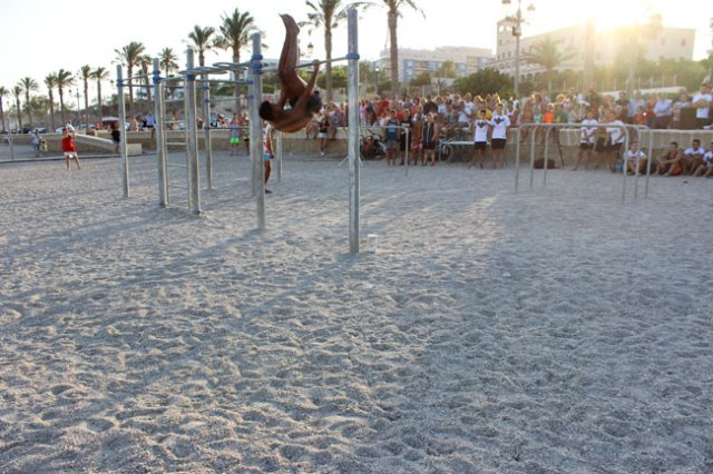 Roquetas-playa-ventilla-Street-Worl-Out