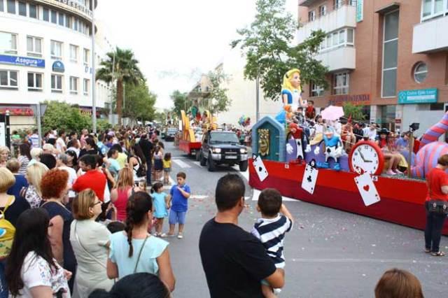 Batalla de flores en El Ejido, en las fiestas en honor a San Isidro.