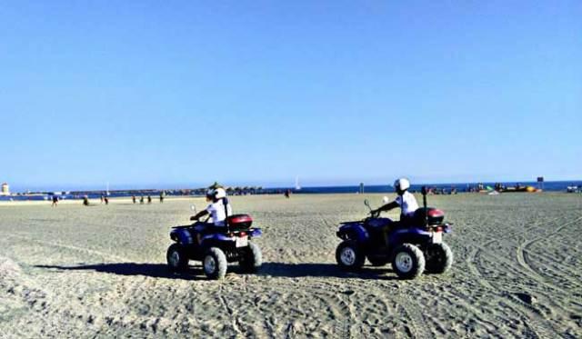 Policía Local de El Ejido patrullando en quads.