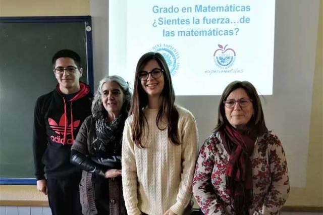 Jóvenes ganadores del premio del Boletín Matemático de la UAL.