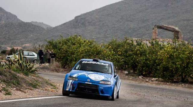 Uno de los coches participantes en el pasado rally crono de Cantoria.