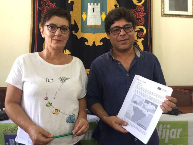 Carmen Fernández Peña y Alexis Pineda han presentado esta iniciativa.