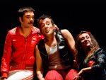 Rolabola despliega en la Alcazaba todo su talento circense y musical con 'Rock Cirk', en el ciclo Anfitrión de la Consejería de Cultura