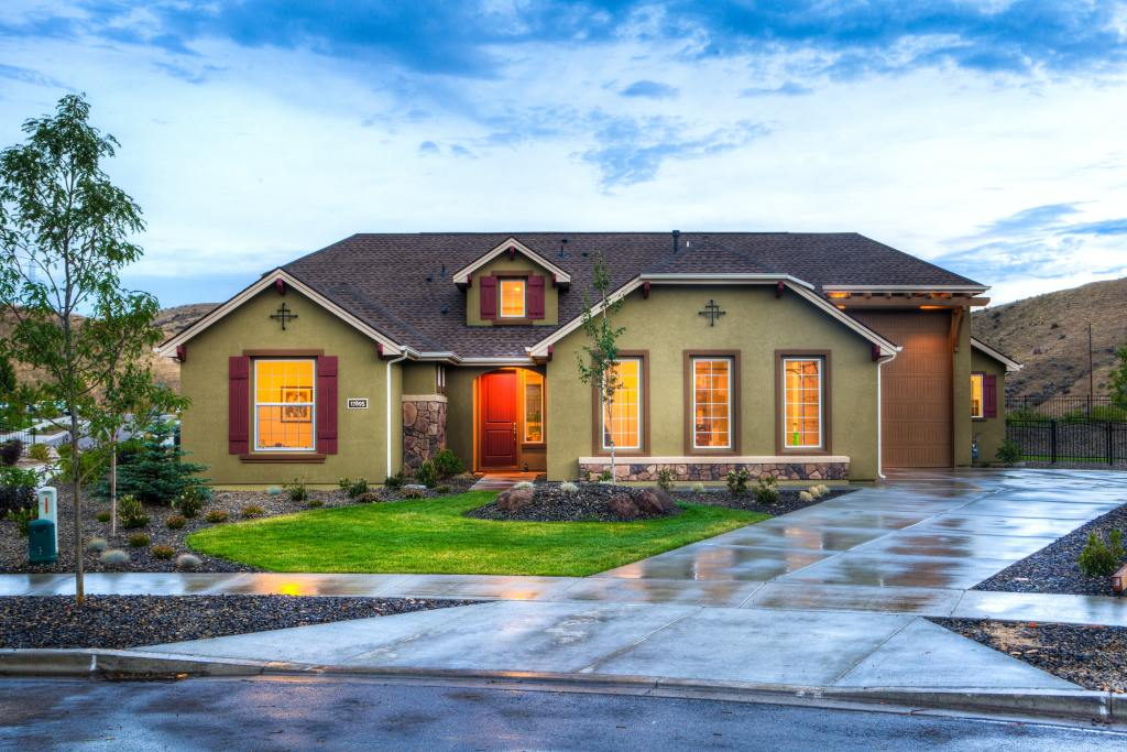 Best roofing company in HEB image of home protected from rain storm