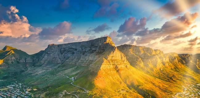 Table Mountain (Nature Reserve), Cape Town, South Africa -Photo by Thomas Bennie on Unsplash
