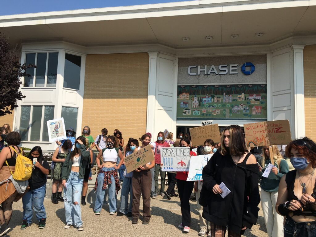 Youth for Climate Justice action 9-24: Students gathered at Chase - photo by Ami Chen Mills Naim