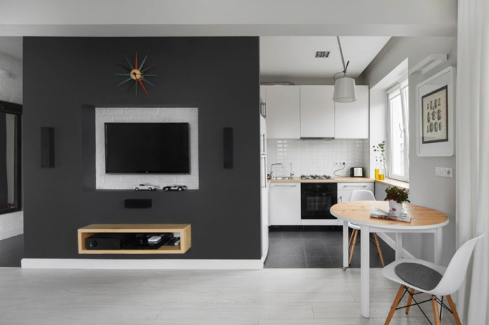 Colorful-Sun-Burst-Clock-to-Shock-the-Grey-Environment-Family-Room-Decoration-with-Breakfast-Nook-Open-Floor-to-Small-Kitchen-at-Corner-936x624