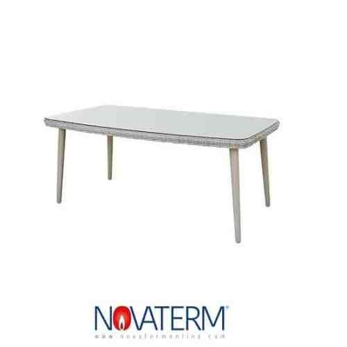 tavolo-in-polirattan