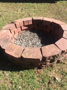 Learn how to easily build your own firepit (& on a budget!) with this DOY tutorial from NovaturientSoul.com!