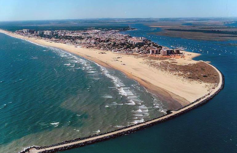 Punta Umbría, Huelva. Viaje de fin de curso a la playa y naturaleza con la agencia de viajes NovaWays