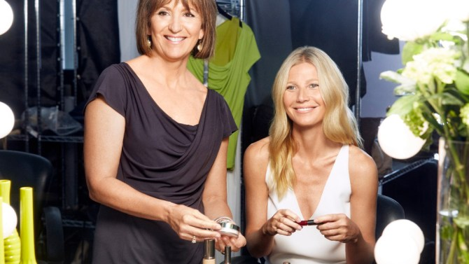 Gwyneth-Paltrow-Juice-Beauty1