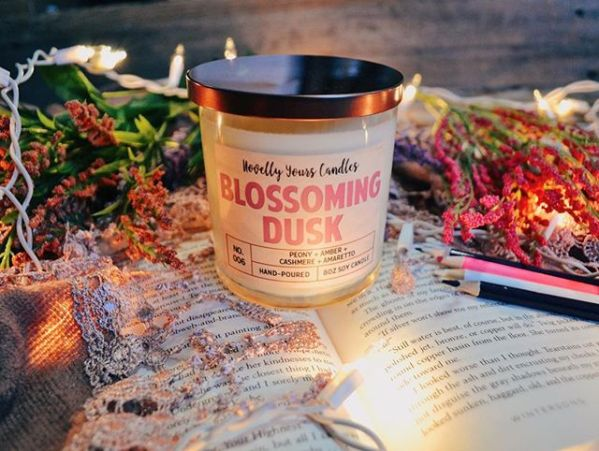Blossoming Dusk soy candle