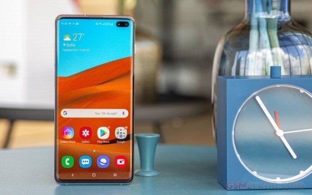 Samsung brings discounts to Galaxy S10 series in India