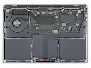 MacBook Pro: Intel (left)