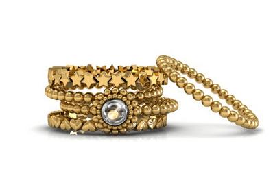 """A Casa São Paulo possui uma coleção de anéis """"STACK RINGS"""" que foi desenvolvido para mulheres delicadas e modernas. A repetição de elementos românticos e geométricos proporcionam a sofisticação e delicadeza da joia. Adquira a joia no site www.casasaopaulojoias.com"""